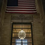 Grand Central Station, Chandalier